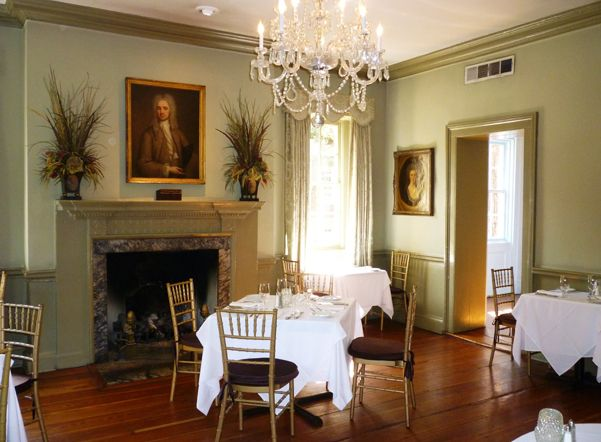A Savannah favorite! The Olde Pink House. http://www.plantersinnsavannah.com/files/270/h_dining.jpg