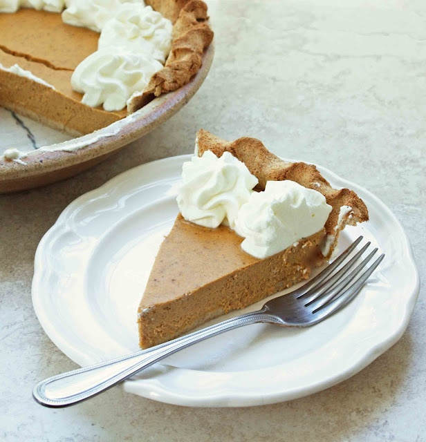 Low Carb & Gluten Free Pumpkin Cheesecake Pie - from my e-cookbook The Gluten Free Low Carber.