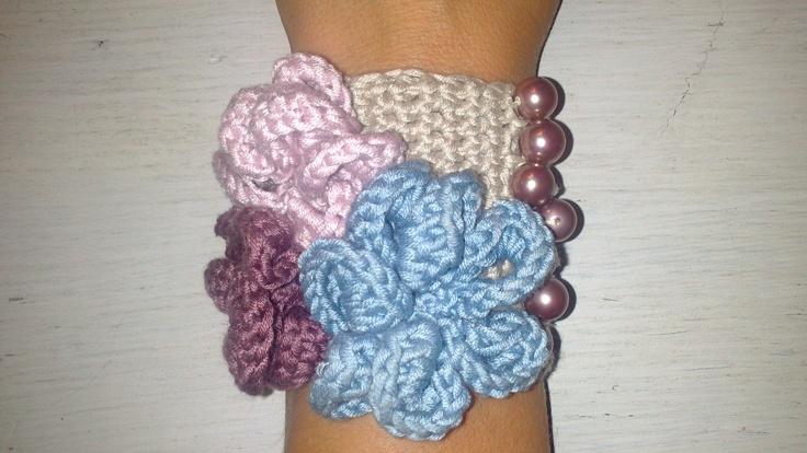 crochet bracelet :)