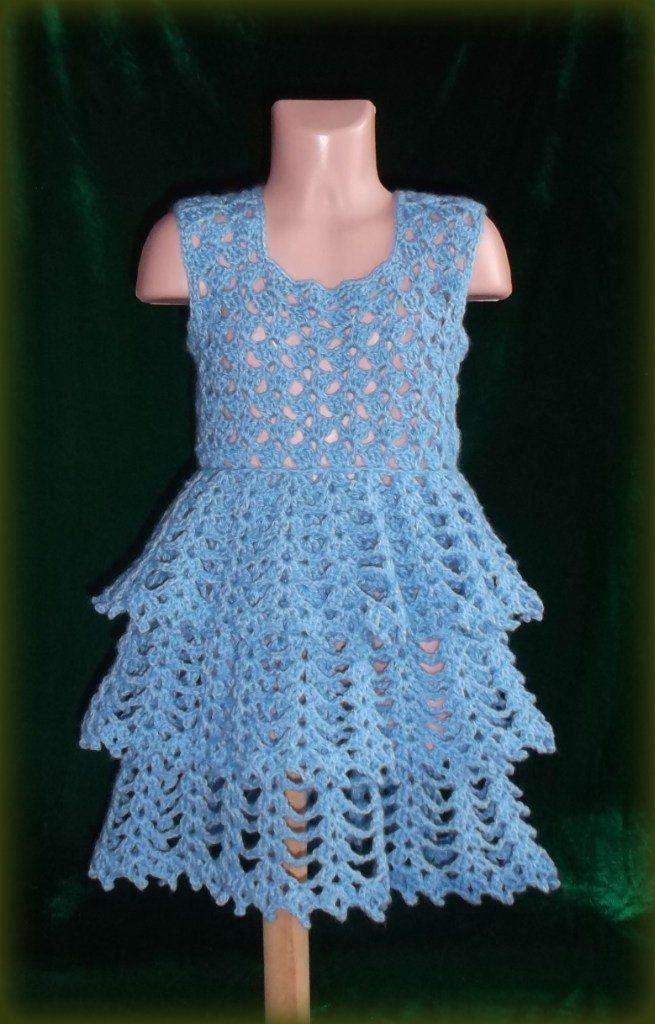 Детский комплект. Платье и косынка вязанные крючком.