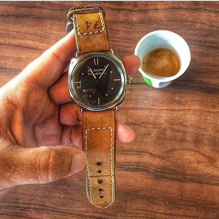 74 Serie on Panerai Radiomir, price for: $149,99 (1,499 juta) without buckle