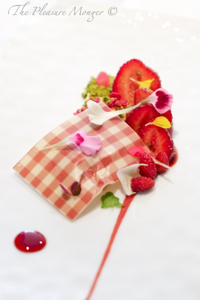 Beautiful Strawberry Picnic for Desert @ Fat Duck Restaurant... Wait list of up To 3 months.. World Class