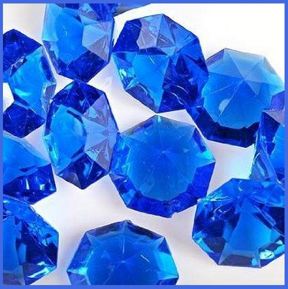 Royal Blue Christmas Ornaments Part - 33: Royal Blue Christmas Ornaments, Festive Lights, Garland, Royal Blue Baubles  And More For An Elegant Christmas Tree And Living Room.