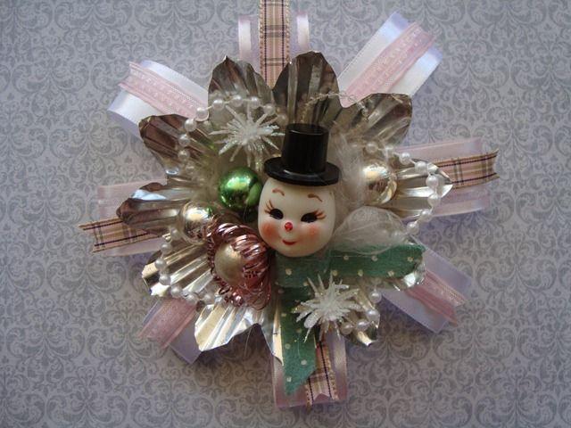 cute vintage snowman corsage!