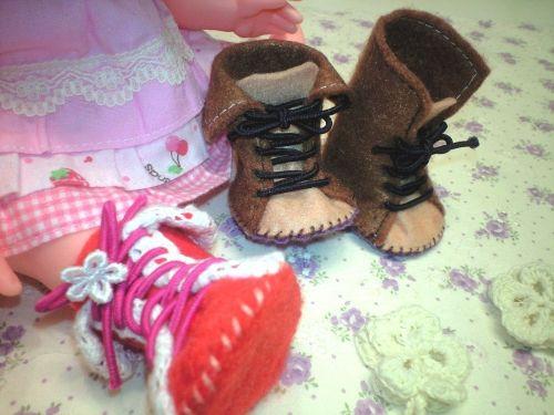 メルちゃんサイズ★フェルトで作る小さなブーツ★の作り方 フェルト 編み物・手芸・ソーイング