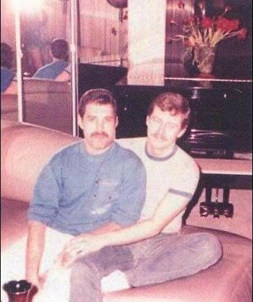 Rare photo of Freddie Mercury in New York early 80s with ...
