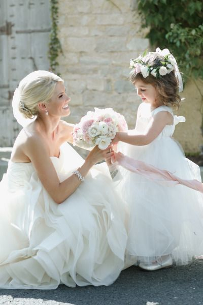 @DiamantEstate loves this beautiful photo: http://www.stylemepretty.com/little-black-book-blog/2015/05/13/glamorous-romantic-sonoma-summer-wedding/ | Photography: Allyson Wiley - http://www.allysonwiley.com/