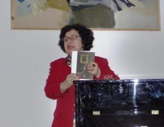 """ELISABETA IOSIF COROLELE IUBIRII CRONICĂ LA VOLUMUL """"A.D.N.-UL FERICIRII"""" DE DAN TIPURIȚĂ de ELISABETA IOSIF în ediţia nr. 1965 din 18 mai 2016"""
