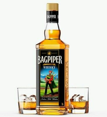 Bagpiper is one of the oldest and most popular brands of India. This is considered as a strong whiskey brand with classic taste. This is also readily available in the market and known for affordable price ranges. This is a United Breweries product.