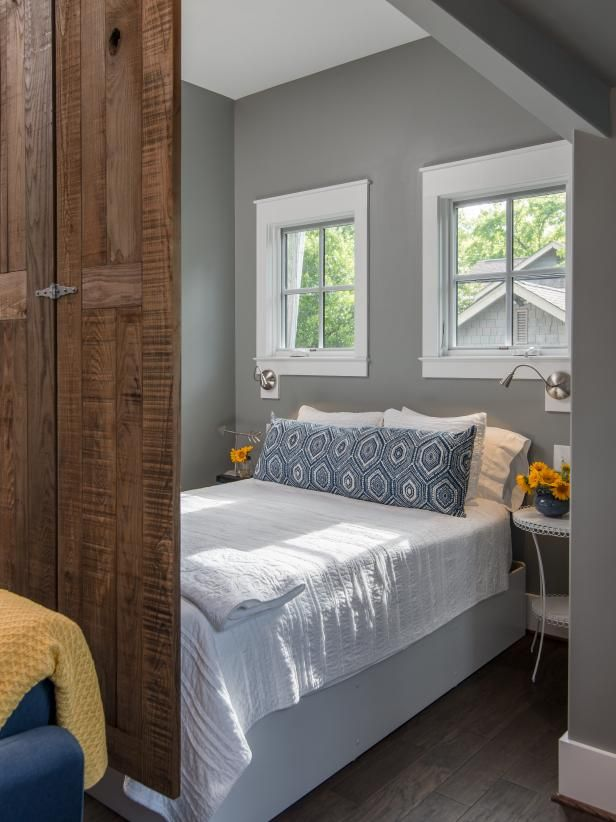 Detached Garage Converted Into Studio Apartment Hgtv Faces Of Design 2018