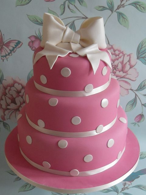 Raspberry pink with polkadots by Cotton and Crumbs, via Flickr