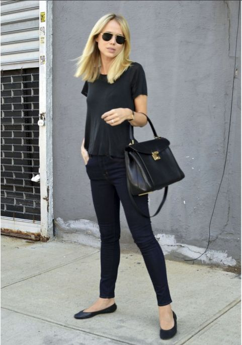 All black - ballet flats, skinny jeans and black t-shirt