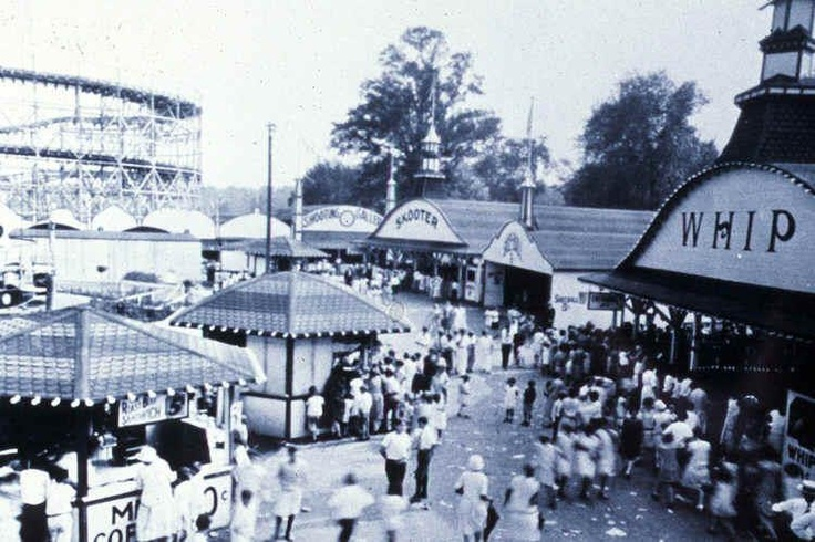 The Arcola Amusement Park on the Paramus/Rochelle Park border.    It was built along the Hudson River trolley line in the Arcola section of Rochelle Park/Paramus in 1926, but burned down just a few years later in 1929 and never rebuilt.