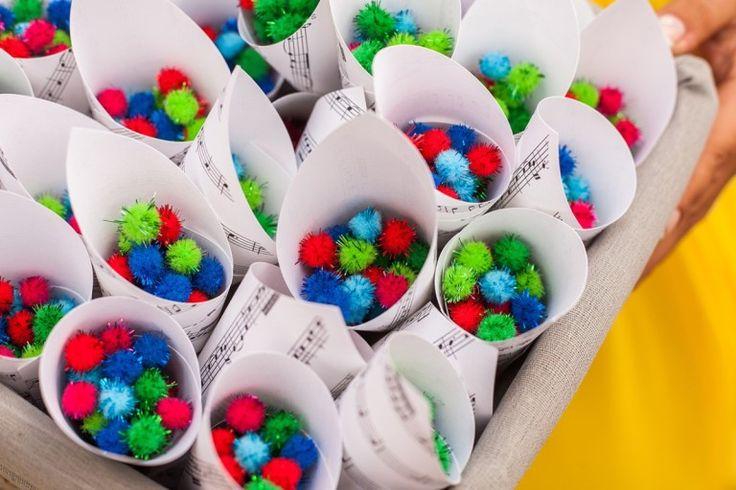 Mini pompones de colores