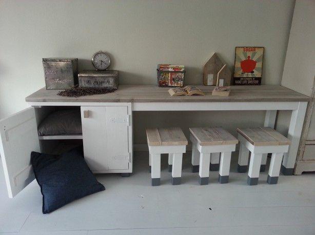 Stijlvolle Speeltafel Kinderkamer : Noek kast en speeltafel our home Детские