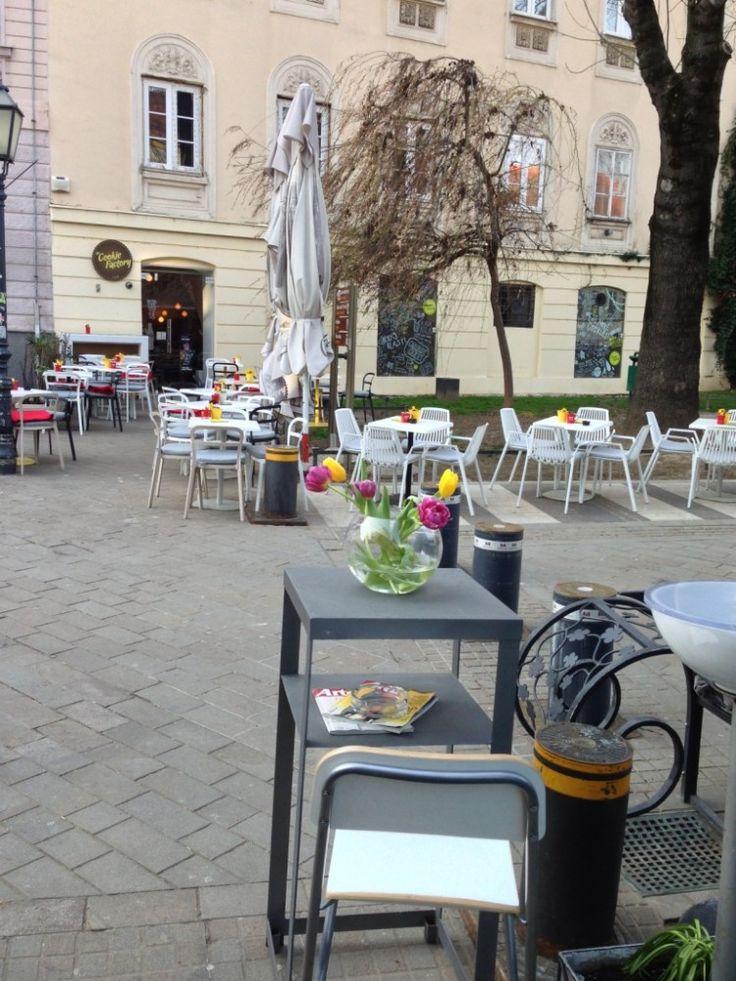Уличное #кафе. #Загреб. #Хорватия.
