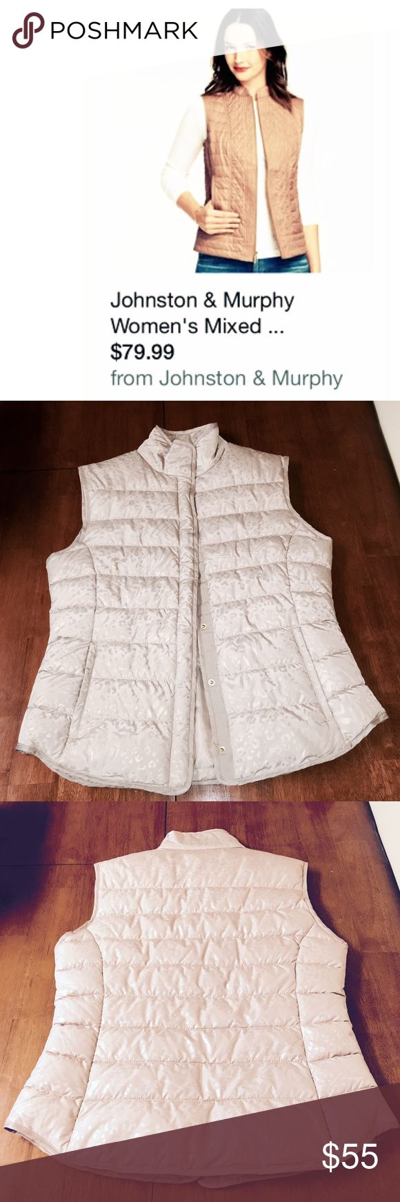"""🔆NWT🔆 J&M Superior-quality quilted pattern vest❣ 🔆NEW SAMPLE🔆INCLUDES FREE GIFT🔆Since 1850 company, """"JOHNSTON AND MURPHY"""" has been known for its ability to produce the most* superior high-quality fashion offering both class and comfort. Just in we have a brand new sample for this new line of quilted fashion vests arriving end of 2016.🔅BUY NOW BEFORE SOLD OUT🔅SHIPS TODAY🔅RETAIL VALUE IS OVER $100! As shown above last years style is now on -SALE- for $80.00.. This is a deal! 🚫NO LOW…"""
