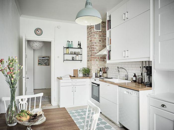 ¿Tienes una cocina muy pequeña? Te contamos 3 tips geniales para sacarle mucho más partido del que te imaginas.