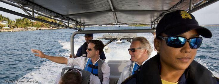 Aruba - Aankomst van minister president Mark Rutte in het Carribisch Gebied. Minister president Mark Rutte brengt hier een bezoek aan de kustwacht van Aruba en word wegwijs gemaakt op een super rhib. foto: ANP/Evert-Jan Daniels