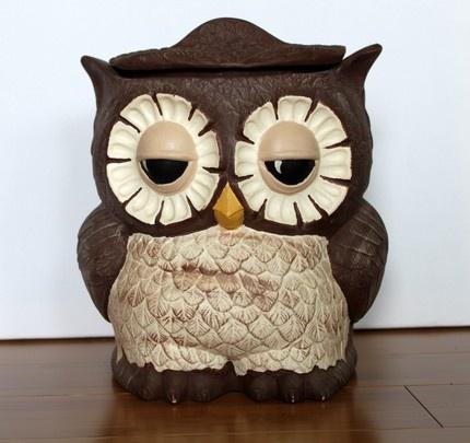 Too cute for words vintage owl cookie jar by UptownVintage on Etsy.