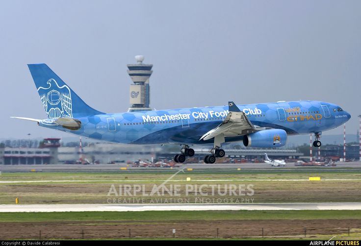 Etihad Airways Airbus A330-200 (A6-EYE) - Milan Malpensa: 'Blue Moon - Manchester City FC Sponsorship.'