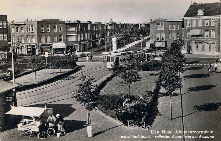 Goudenregenplein (en daarachter het begin van de Thomsonlaan) met tramstel van lijn 3, 1956/1957.