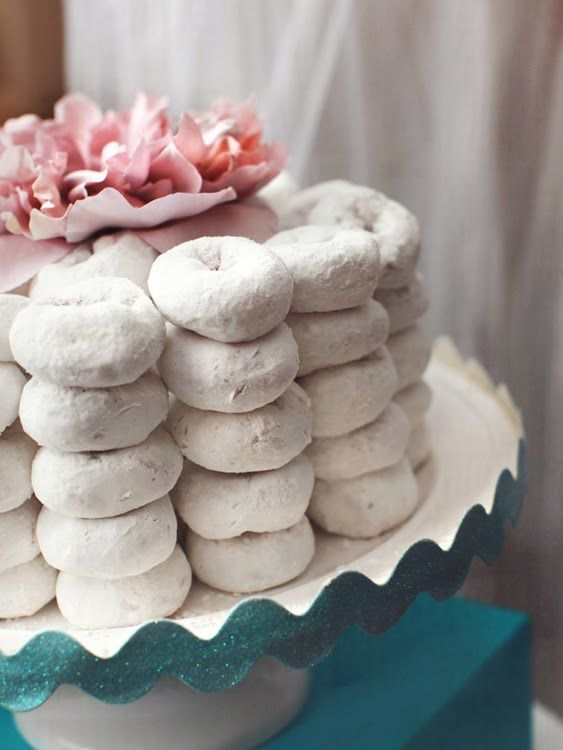 powdered mini donuts on cake stand: Minis Donuts, Desserts Table, Cakes Ideas, Birthday Parties Theme, Doughnut Cakes, Parties Ideas, Donuts Cakes, Birthday Cakes, Baby Shower
