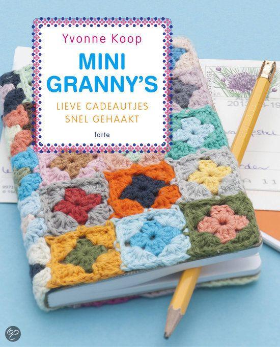 Ga ik m/haken: hoes voor mn bijbel van mini-granny's♥