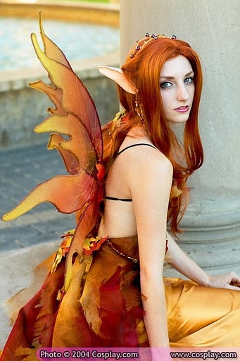 autumn leaf fairy, great cosplay and very pretty too.