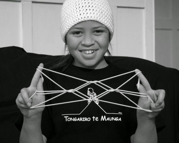 Te Whai Wawewawe a Maui - Maori String Figures
