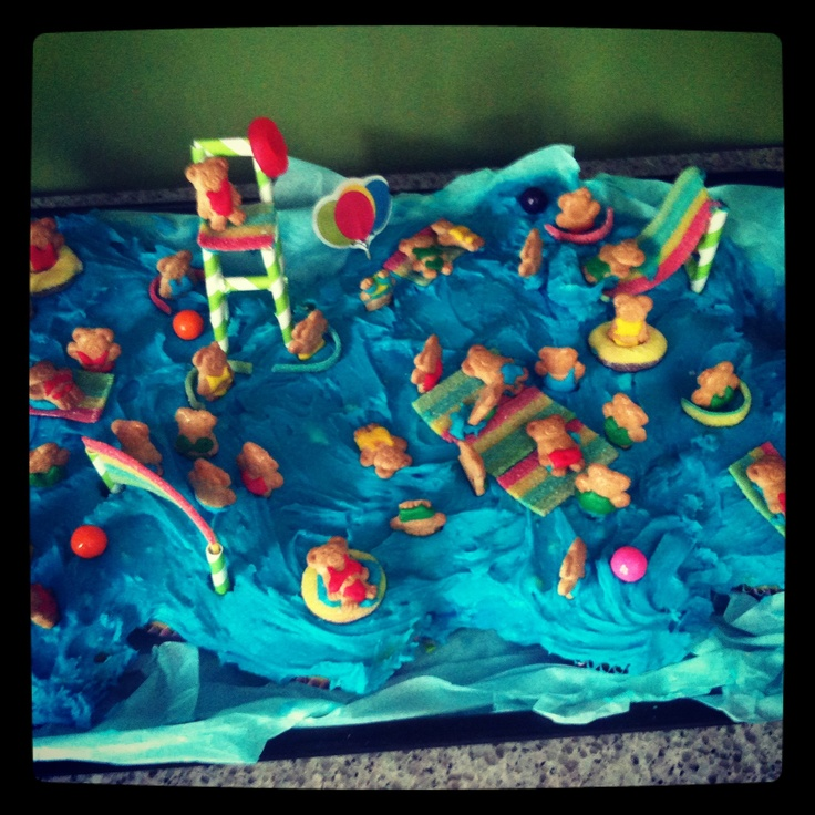 "Adorable Pool Party ""pull Apart"" Cupcake Cake."