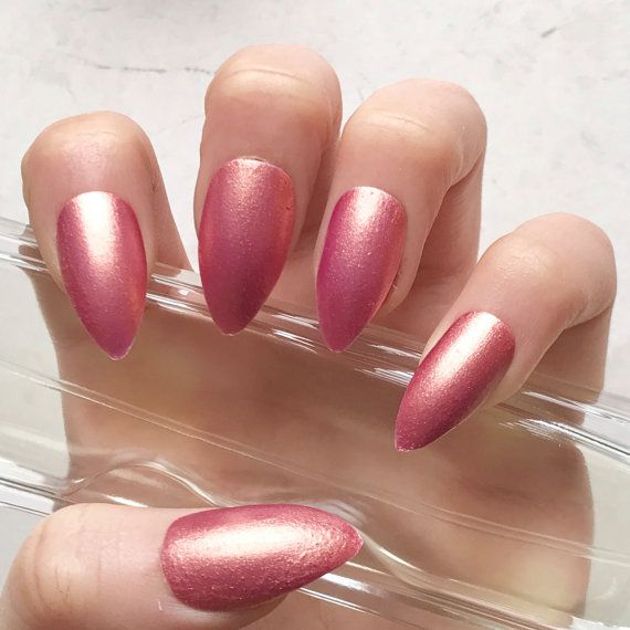 25+ Best Ideas About Rose Gold Nail Polish On Pinterest
