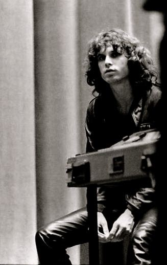 jim morrison  Yeah.. this is why I was in love with him at the age of 14.. hot, hot, hot..
