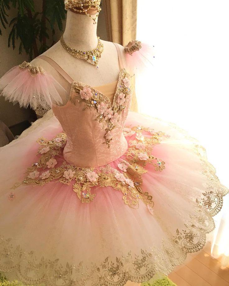 いいね!301件、コメント11件 ― アトリエ Risaさん(@atelier_risa)のInstagramアカウント: 「オーロラact1 ✨ オーダー頂きました作品です✨ ベビーピンクの可憐なお衣装です! 無事にお届け致しました。 喜んで頂けてとても嬉しいです #ballet #tutu #princess…」