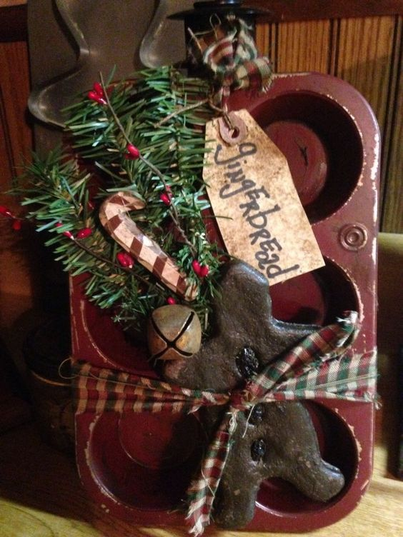 Primitive Farmhouse Christmas Ginger On Rusty Muffin Tin in Antiques, Primitives | eBay