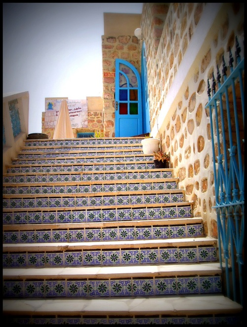 More turquoise than teal, but still nice.  Photo is tagged as Tunis, Tunisia