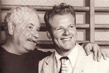 Alan Hale Jr: HE SERVED IN THE U.S. COAST GUARD.  He held the rank of Seaman E-3 when he served between 1942 and 1945. When Hale died in early 1990, his ashes were scattered over the Pacific Ocean.