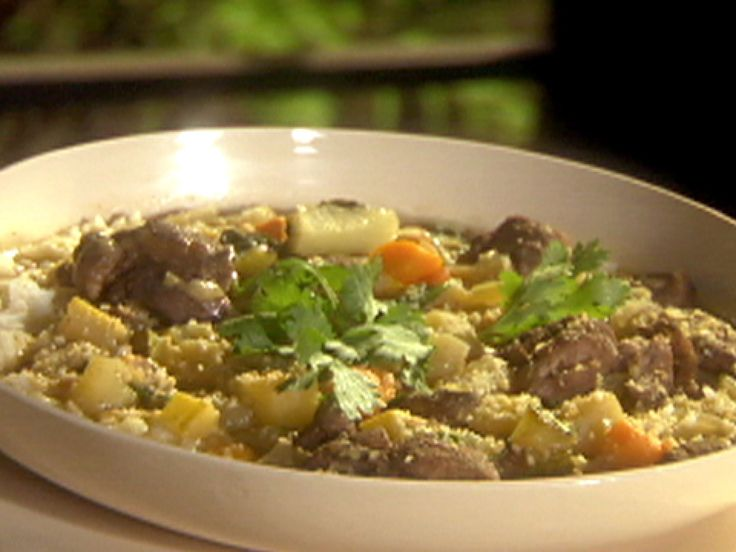 Get this all-star, easy-to-follow Emeril's Mulligatawny Soup recipe from Emeril Lagasse