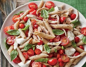 Marinated Tomato & Mozzarella Pasta: Tomatoes Mozzarella, Pasta Salad, Mozzarella Pasta, Marines Tomatoes, Marinated Tomatoes, Tomatoes Recipes, Tomato Mozzarella, Healthy Tomatoes, Food Drinks