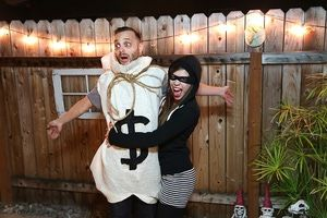 13 DIY Halloween Costumes For Adults: DIY Burglar And Money Bag Couples Costume