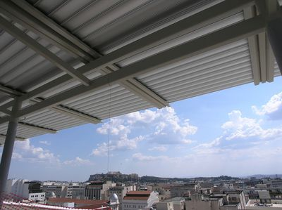 Titania Hotel Roof Garden with Glazetech AL.ROLL Pergola Shading System