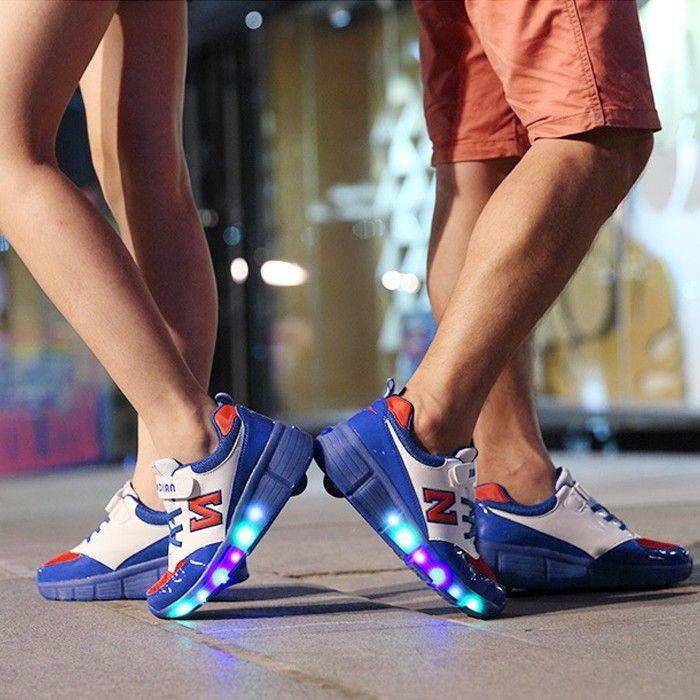 Achetez au meilleur prix Chaussures À Roulettes LED Avec «N