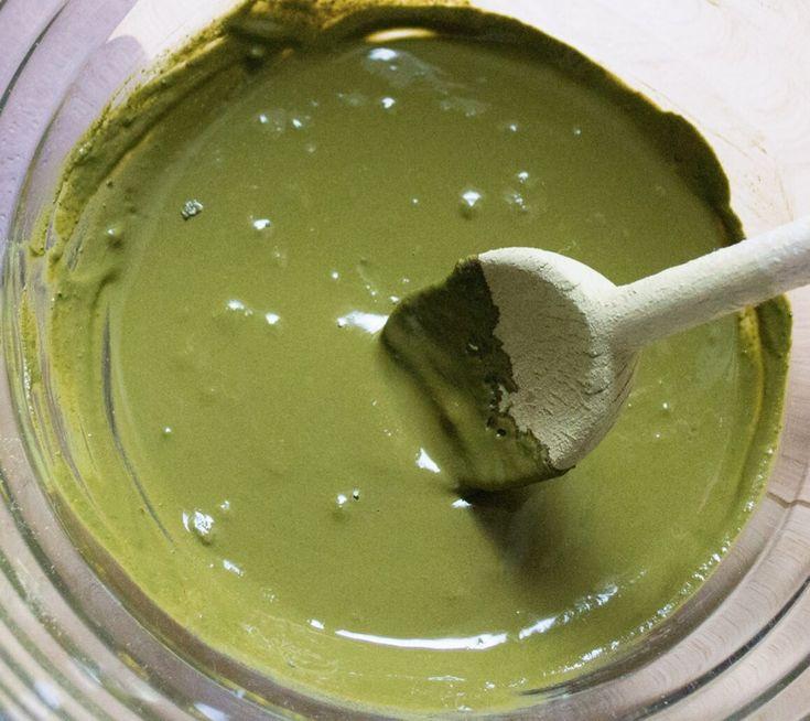 masque henné neutre : - 6 CS henné neutre - 2 CS huile germe de blé  - eau de camomille