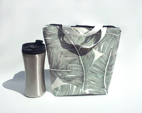 Palm leaf lunch bag / Waterproof lunch tote / Reusable lunch bag for women / Lunch box with pockets / Sac a lunch / Palm leaves bag