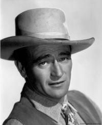 Nessuno dovrebbe andare al cinema se non crede agli eroi. ... di John Wayne