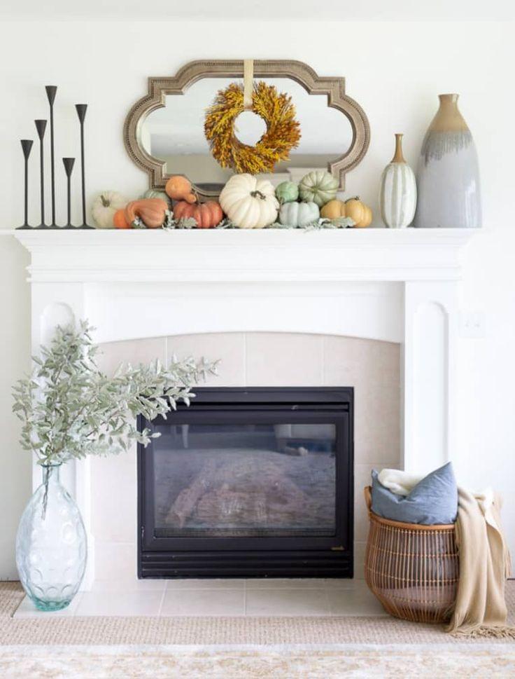 Modern Fall Decor, Fall Home Decor, Autumn Home, Mantelpiece Decor, Fall Mantel Decorations, Mantel Ideas, Decor Ideas, Harvest Decorations, Thanksgiving Decorations