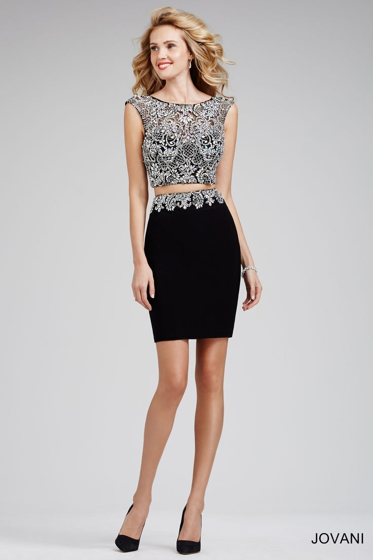 Short form fitted cocktail dresses
