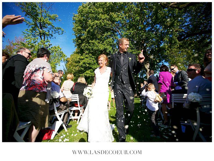 Cérémonie laïque  ©www.lasdecoeur.com - Photo + Cinéma Photo mariage  #love #wedding #weddingphotographer #photodecouple #photgraphemariage #lasdecoeurphoto #lovephotography  #weddingphotography