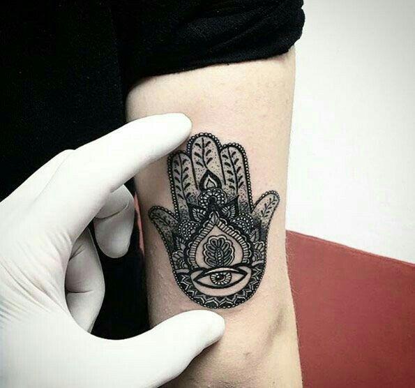 1000 id es sur le th me tatouages en arri re bras sur pinterest tatouage sur le bras - Tatouage arriere bras ...