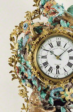 Chantilly clock